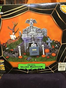 Lemax Spooky Town - 8 Various items Halloween