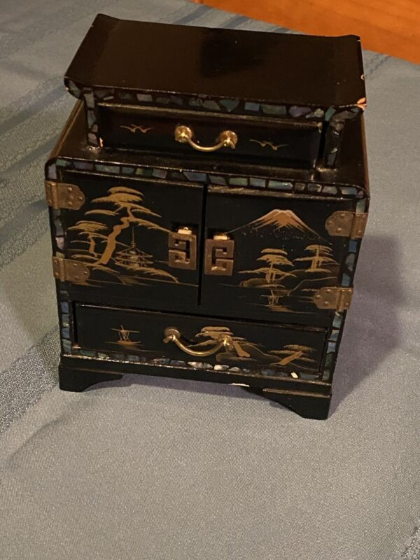 Vintage Japanese Black Lacquer Jewelry Box Mother of Pearl Inlay