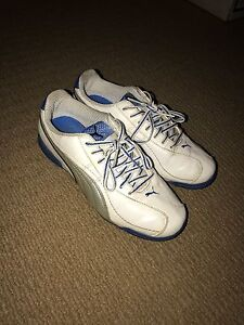 Puma Cricket Shoes size 5 Valentine Lake Macquarie Area Preview