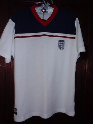 England V neck short sleeved top by Admiral would fit up to 40'' chest - new