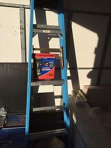 1.8 metre fibreglass ladder Creswick Hepburn Area Preview