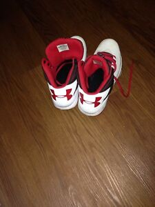 Brand new Under Armour shoes for sell!