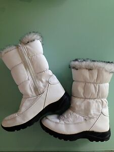 Girl's Snow Boots Applecross Melville Area Preview