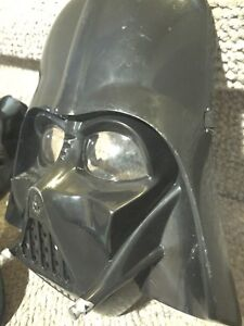 Darth Vader costume (child medium)