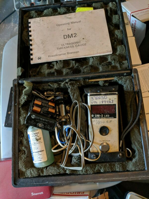 Krautkramer Branson Model DM-2 Handheld Ultrasonic Thickness Meter Guage