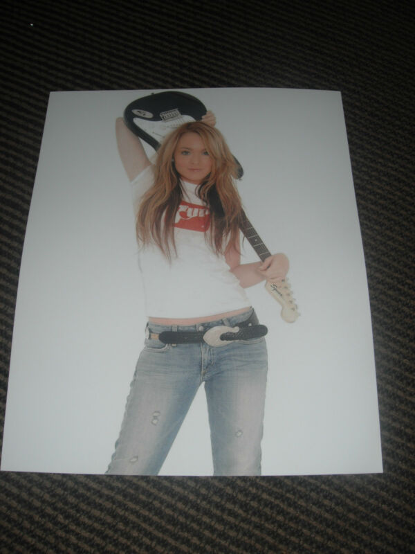 Lindsey Lohan Guitar Sexy Color 8x10 Photo Promo Picture
