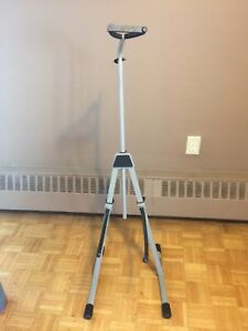 Cello or upright bass stand