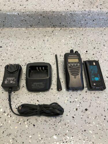 Kenwood TK-3212L / TK-3212L-1 UHF 450-520 MHz Portable Radio w/ Accessories