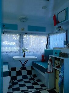 Vintage Franklin Caravan Katoomba Blue Mountains Preview