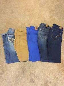 Ladies name brand jeans and joggers sz 1/2