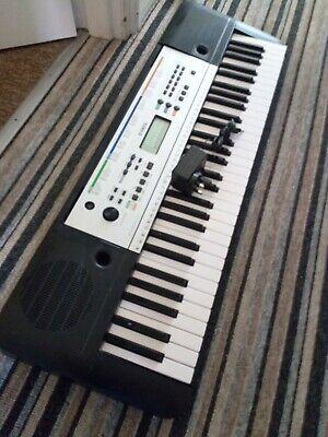 Yamaha YPT-255 Portable Electronic Keyboard