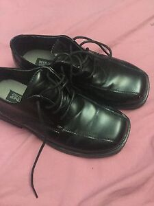 Size 5 dress shoes
