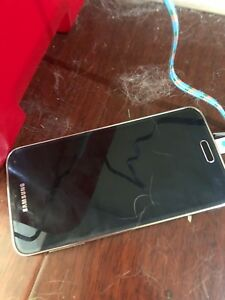 Samsung 5S for sale broken
