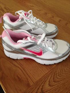 Girls Nike Sneakers Barden Ridge Sutherland Area Preview