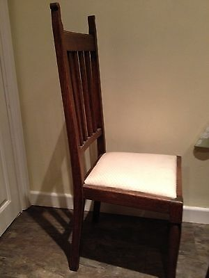 Arts and Crafts elegant chair