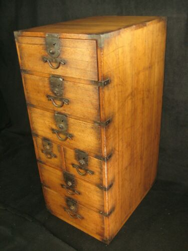 ANTIQUE MEIJI ERA JAPANESE 7 DRAWER  KIRI WOOD GYOSHO-BAKO TANSU PEDDLERS CHEST