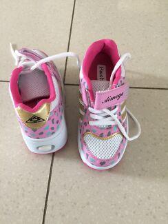 Skate roller shoes