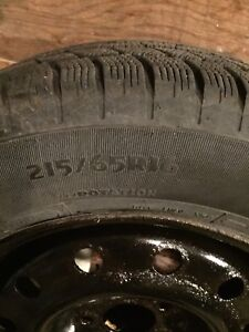 4-pneu d'hiver avec jante / 4 winter tires with rims 216/65R16