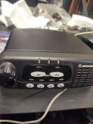 Motorola Cdm750 Cdm 750 Aam25kkc9aa1an 136-174 Mhz 45 Watts Vhf Mobile Radio