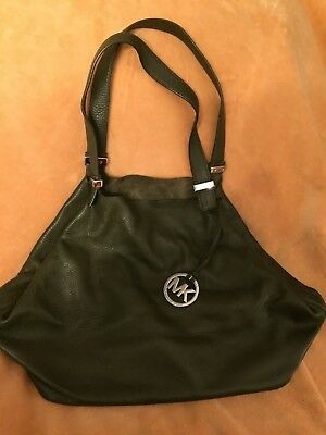 (REALLY NICE MICHAEL KORS LEATHER HOBO BAG)