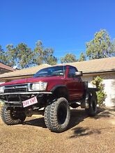 Selling or swapping 92 hilux with 2003 petrol motor Collingwood Park Ipswich City Preview