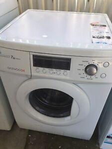 Free delivery.Daewoo washing machine washer 7kg