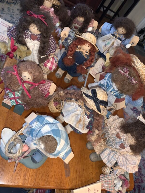 Lizzie High Little Ones- lot of 11 dolls