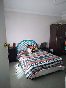 Room to rent in a house at seven hills !  only for females ... Seven Hills Blacktown Area Preview
