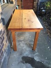 Hand crafted Table Brunswick Moreland Area Preview