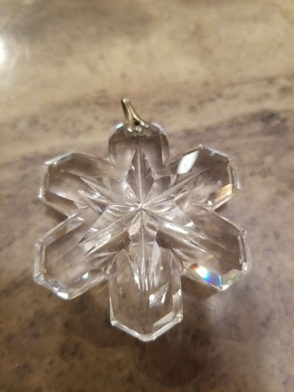 VINTAGE CHUNKY CUT FULL LEAD CRYSTAL GLASS SNOW FLAKE PENDANT NECKLACE