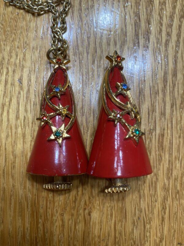 RARE VINTAGE RED ENAMEL & RHINESTONE CHRISTMAS TREE Necklace And Pon SIGNED Art