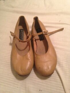 Size 8.5 Camel coloured Tapp shoes  Bracken Ridge Brisbane North East Preview