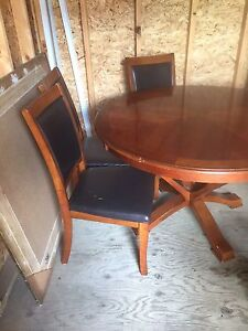 Beautiful cherry wood table and chairs