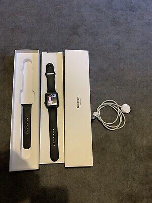Apple Watch Series 3 GPS - Space Grey 42mm