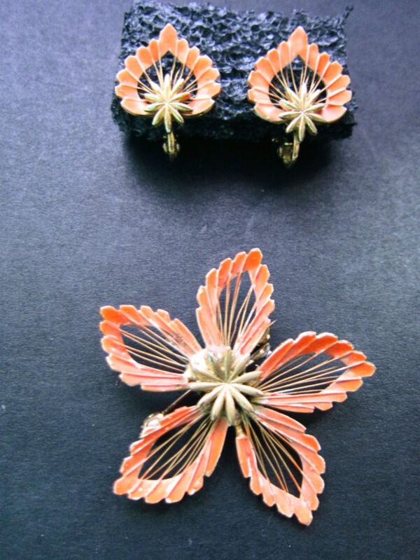 Retro Vintage Flower/Heart Design  Demi Parure Brooch/Pin & Clip On Earrings