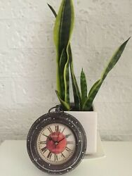 Retro Fridge Magnet Clock Rustic Magnetic Vintage cast iron Small Wall Clock