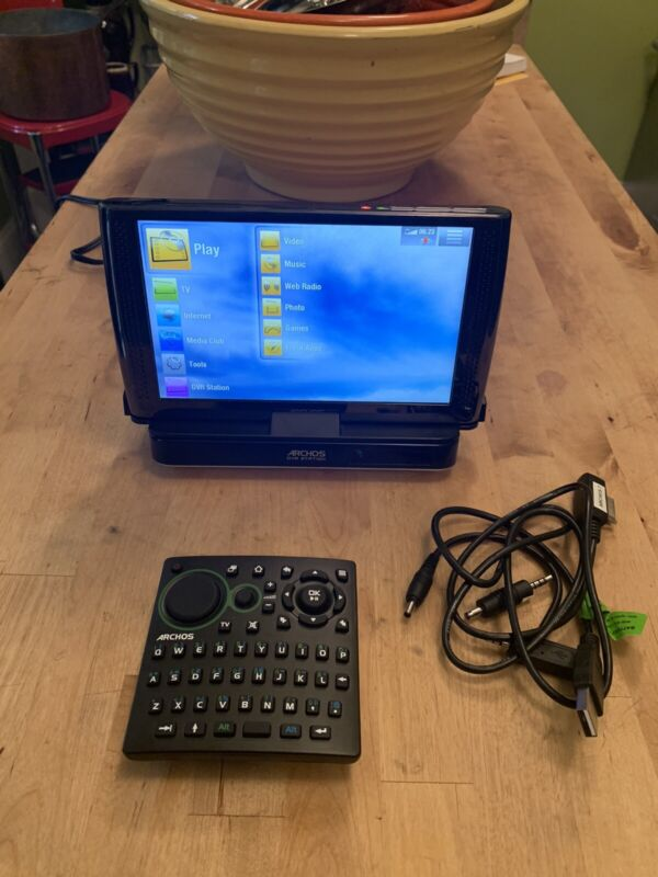 Archos 7 And DVR Station And Remote