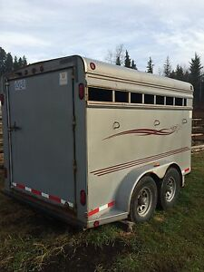 1999 Southland three horse angle haul Prince George British Columbia image 2