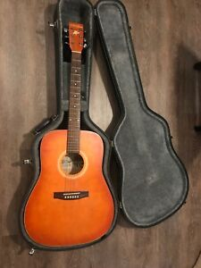 Acoustic Art and Lutherie Guitar with Case