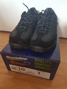 Blundstone Women's 742 Lace Up Safety Joggers size 9 East Cannington Canning Area Preview