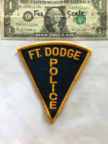 Rare old  Ft. Dodge Iowa Police Patch Un-sewn great shape