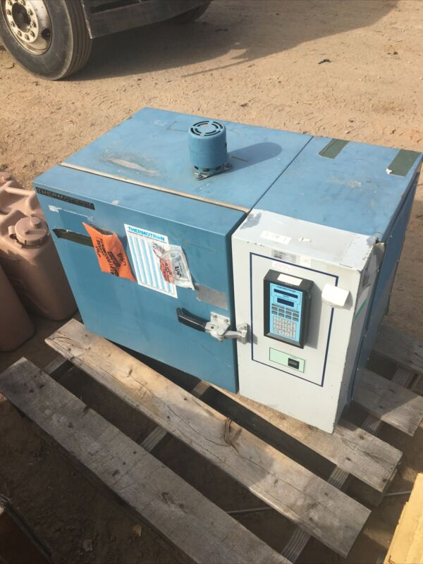 Benchtop Environmental Chamber Model S1.2 Thermotron -100 °F to 350 °F
