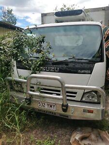 ISUZU 250 FOR SALE refrigeration truck