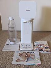 SodaStream Play Home Drinks Maker Evatt Belconnen Area Preview
