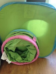 Tunnel and small kids tent