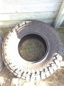 37 x 13.5 R17 Toyo Open Country M/T Spare Tire
