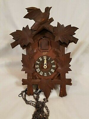Vintage 1950's Cuckoo Clock Schatz 8 Day German Black Forest Bird & leaves