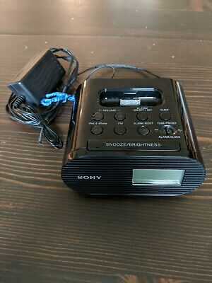 Sony ICF-C05IP 30 Pin iPhone iPod Clock Radio Alarm Speaker Dock MP3 Wake Up