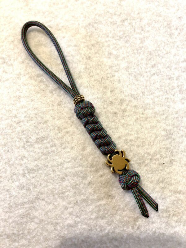550 Paracord Knife Lanyard Chameleon With Brass Alloy Spyderco Bead.