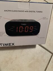 Timex T231GY3 FM Clock Radio Dual Alarm  Speaker  - Gunmetal BIN#47